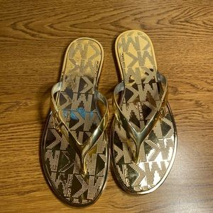 Michael kors gold flip flop sandals